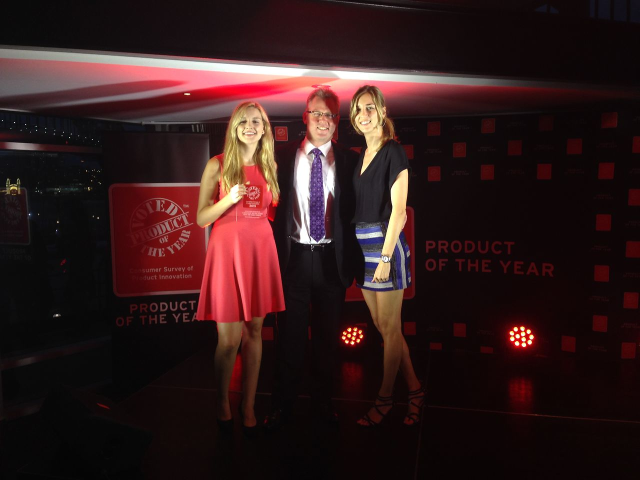 Members of the Henkel Australia Beauty Care Retail team with their 2015 Product of the Year Award